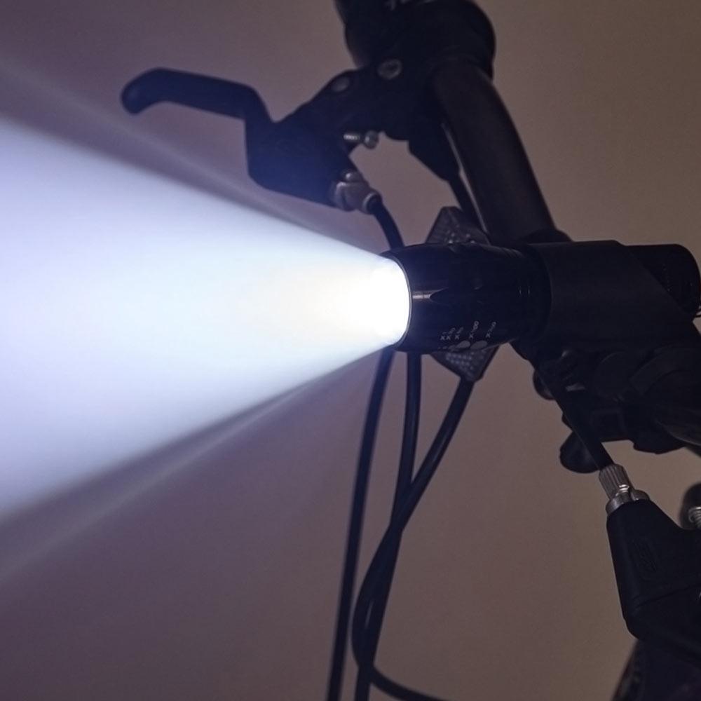 Lanterna LED multifunctionala bicicleta metalica cu diferite moduri de iluminare