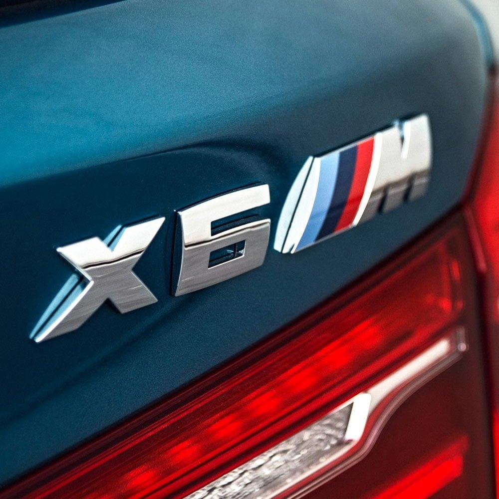 Emblema M pentru masina construita din ABS